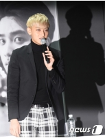 「EXO」離れたTAO、ファッションショー騒動でファンも失望の画像