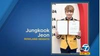 「BTS(防弾少年団)」JUNG KOOK、米ニュースで卒業写真を誤って使われるの画像