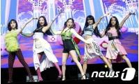 「Red Velvet」、新曲「Zimzalabim」はイ・スマン総括PDの推しを信じて準備の画像