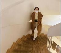 ユナ(少女時代)、マスク姿で小顔を披露しながら近況を公開の画像
