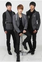 仁川アジア大会公式アルバム発売 「JYJ」やガガの曲収録の画像
