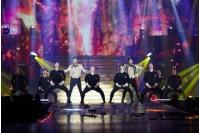 「東方神起」、タイコンサート大盛況…ヒット曲からソロステージまで全26曲熱唱の画像