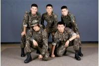 【トピック】SOL(BIGBANG)、豪華メンバーとの入隊中の写真が話題の画像