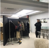 G-DRAGON、除隊後さっそく高いファッション性を披露、姉のアパレルショップに訪問の画像