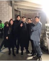 G-DRAGON、パリで輝くファッション感覚、キム・ミンジュン&クォン・ダミとの家族写真を公開の画像