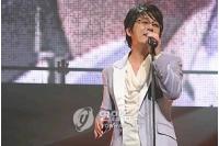 シン・スンフンの日本アルバム 韓国国内でも発売の画像