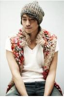 <SHINHWA>エリック 後輩のデビューを祝いフューチャリングの画像