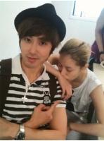 BoA Twitterで<東方神起>ユンホとの2ショット写真公開の画像