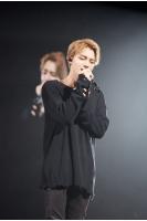 「JYJ」ジェジュン、4年ぶりのタイ公演…黒リボンで故プミポン国王に哀悼の意を示すの画像