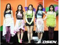 「Red Velvet」ウェンディ、「食事は噛みづらそうだが、つらい様子は見せない…回復したら戻ってくる」の画像