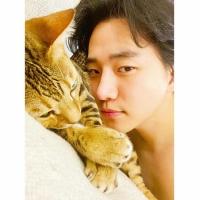 【トピック】「2PM」ジュノ、ドキッとする姿でファンにあいさつの画像