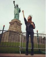 """「少女時代」ソヒョン、まさに""""ビーナス""""! NYで自由の女神に変身の画像"""