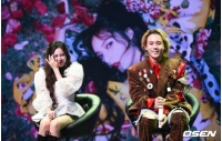 【トピック】DAWN(イドン)&ヒョナ、甘~いショーケースが話題の画像