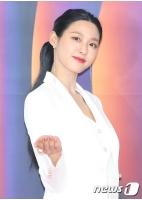「SBS歌謡大祭典」のMCソリョン(AOA)、「ウェンディの早い回復を祈願」の画像