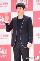 俳優ユン・サンヒョン、デジタルシングル発売へ…妻Maybeeも援護射撃の画像