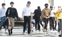 「Wanna One」はバーバリーブーム? メンバー中3人がバーバリーに身を包みLAに向けて出国の画像