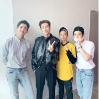 """チャンミン(東方神起)&SUHO(EXO)&エンバ(f(x))、""""ソロ歌手""""ユンホ(東方神起)を応援の画像"""