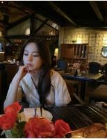 「Wonder Girls」出身の女優アン・ソヒ、レストランでくつろぐ日常を公開…今月出演ドラマスタートの画像