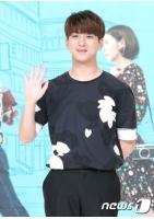 「B1A4」BARO、女優ハン・セヨンとの熱愛を否定の画像