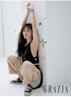 歌手ヒョナ、100%スッピンの画報初公開!の画像