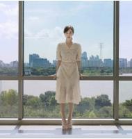 """伊藤ゆみ(アユミ/ICONIQ)、目を疑うような美しさの写真で秋夕の挨拶…""""ヨン様の妻も羨ましくない輝くシングルライフ""""の画像"""