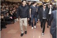「JYJ」来日にファン1千人が集結、空港側も異例の準備の画像