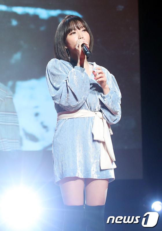 1stミニアルバム「Dream of You」の発売ショーケースを開催した歌手Punchの画像