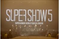 「SUPER JUNIOR」の英公演 約1万人が熱狂の画像