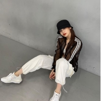 「ITZY」イェジ、締まったボディーにブラトップファッション…「私が好きなスタイル」の画像
