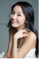 アンナとして人気を博したホン・ジニョン トロット歌手として再出発の画像