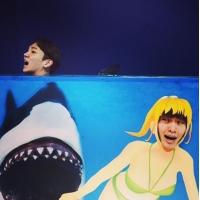 """「SHINee」Key&オンユ、サメから逃亡中…リアルな表情に""""爆笑""""の画像"""