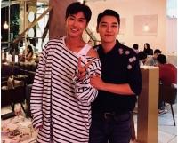 V.I(BIGBANG)、日本での事務所が同じで故郷も同じの先輩ユンホ(東方神起)との2ショット公開の画像