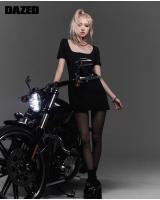 「BLACKPINK」ROSE、オートバイの横でシックな魅力…触れられないカリスマの画像