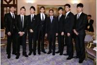 タイ訪問の<2PM> アピシット・ウェチャチワ首相と対談の画像