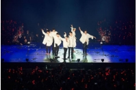 「iKON」、アジアツアー台北公演でファン熱狂…「LOVE SCENARIO」大合唱の画像