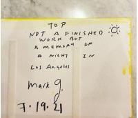 T.O.P(BIGBANG)、アメリカで有名画家マーク・グロッチャンとの2ショットを公開の画像
