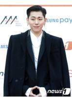 【全文】事務所側、「Block B」ジコは契約終了&他メンバーは再契約の画像